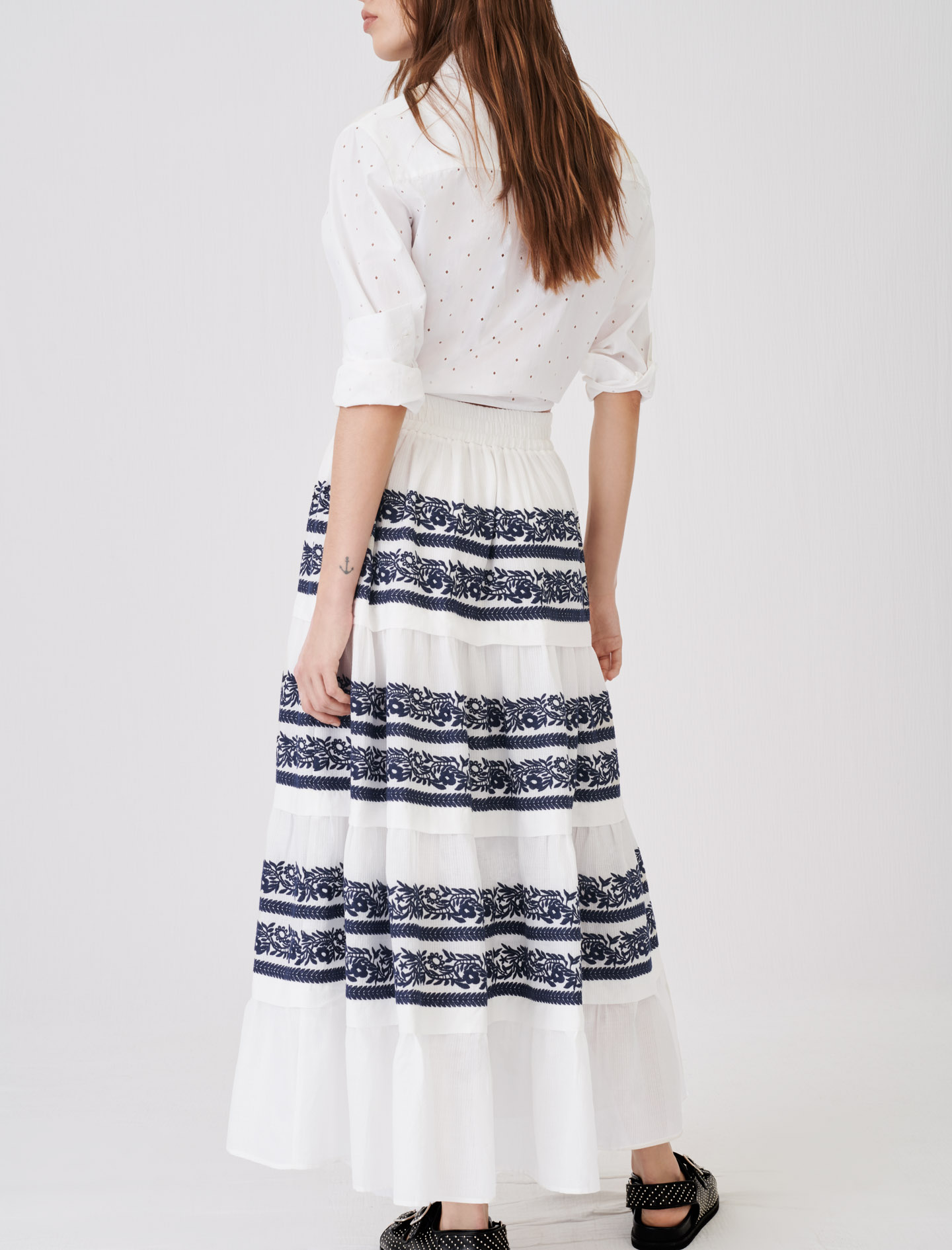 Skirt with all-over embroidery