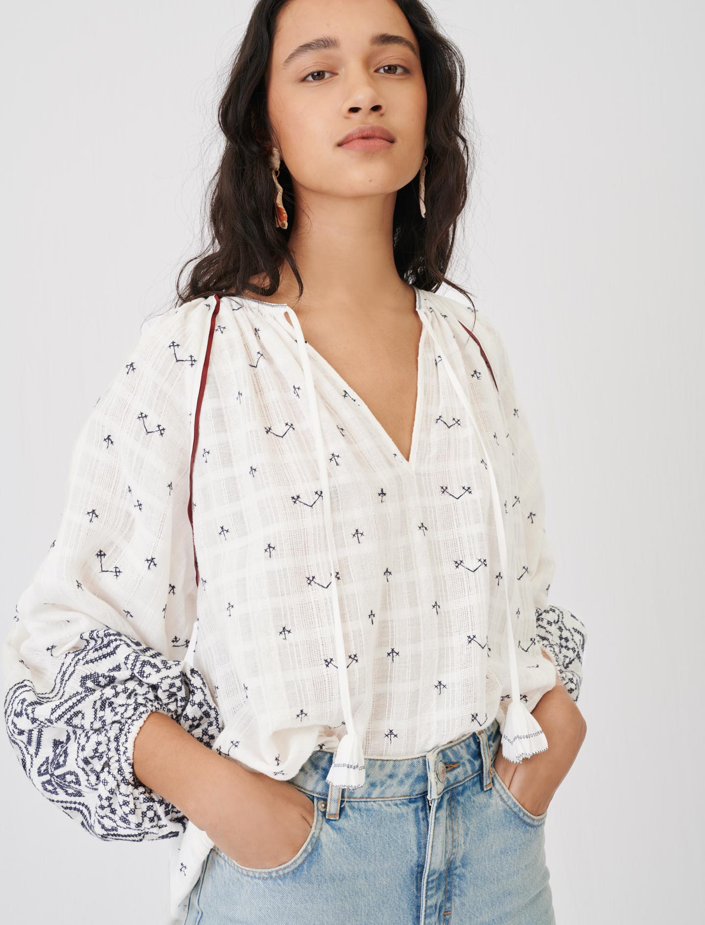 Maje Fully embroidery blouse with low neck