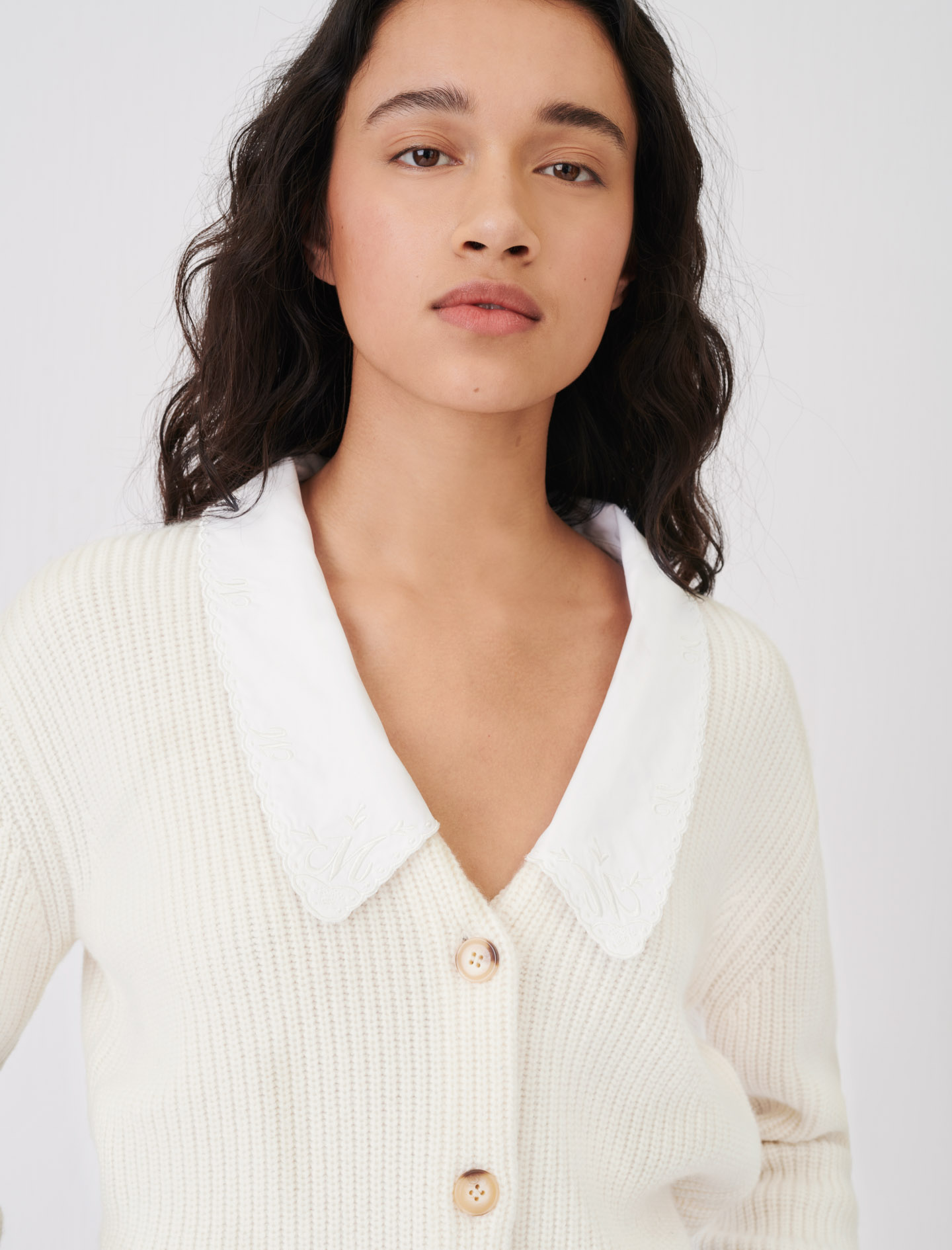 Cropped cardigan with large collar