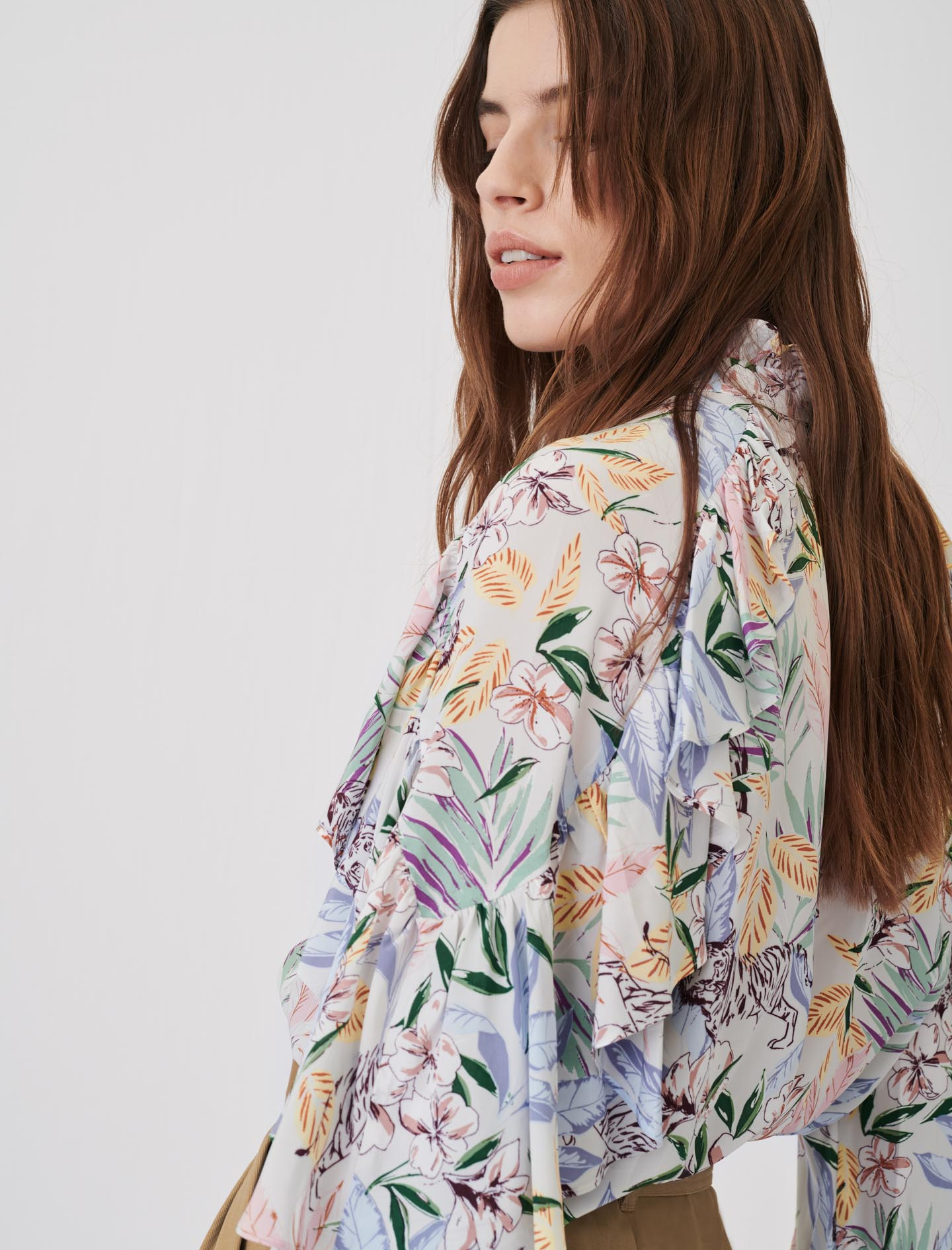 Ruffle Top In Floaty Printed Viscose - White Print