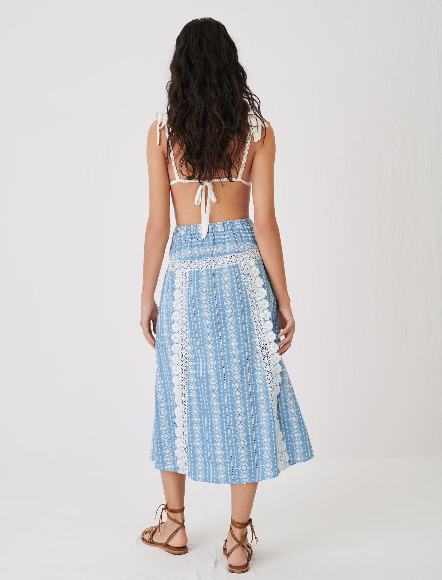 Skirt with contrasting trims