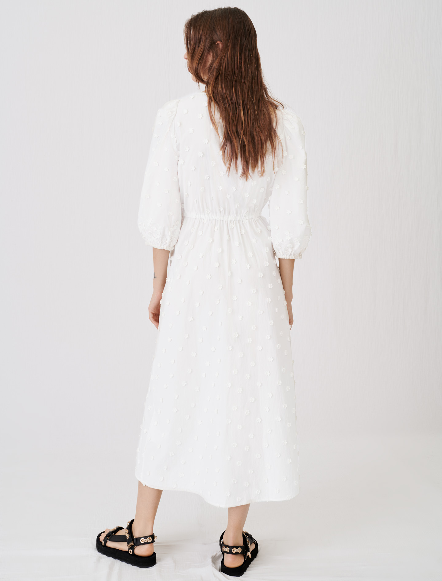 Embroidered dress, gathered at the waist
