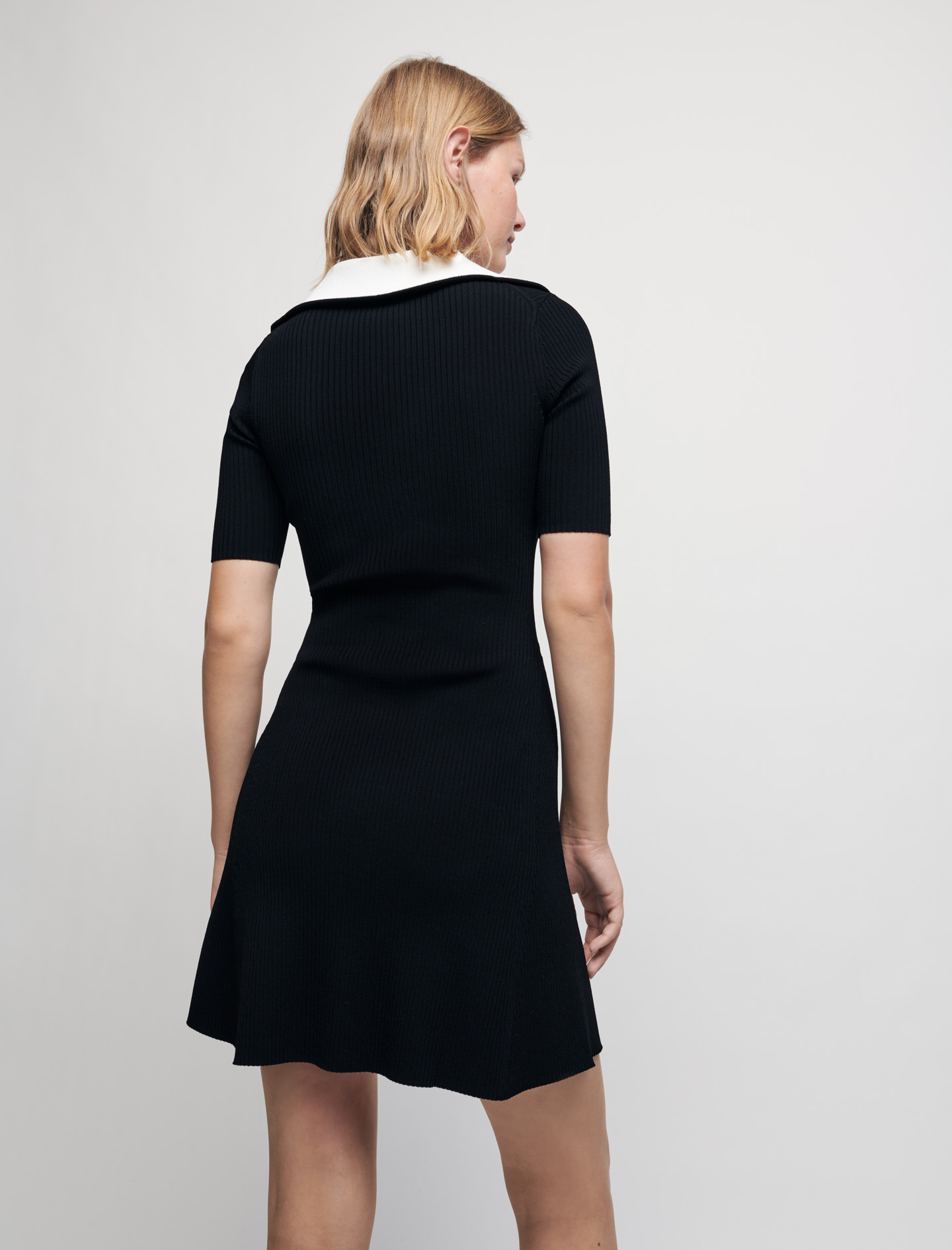 Ribbed knit dress with zip collar - Black