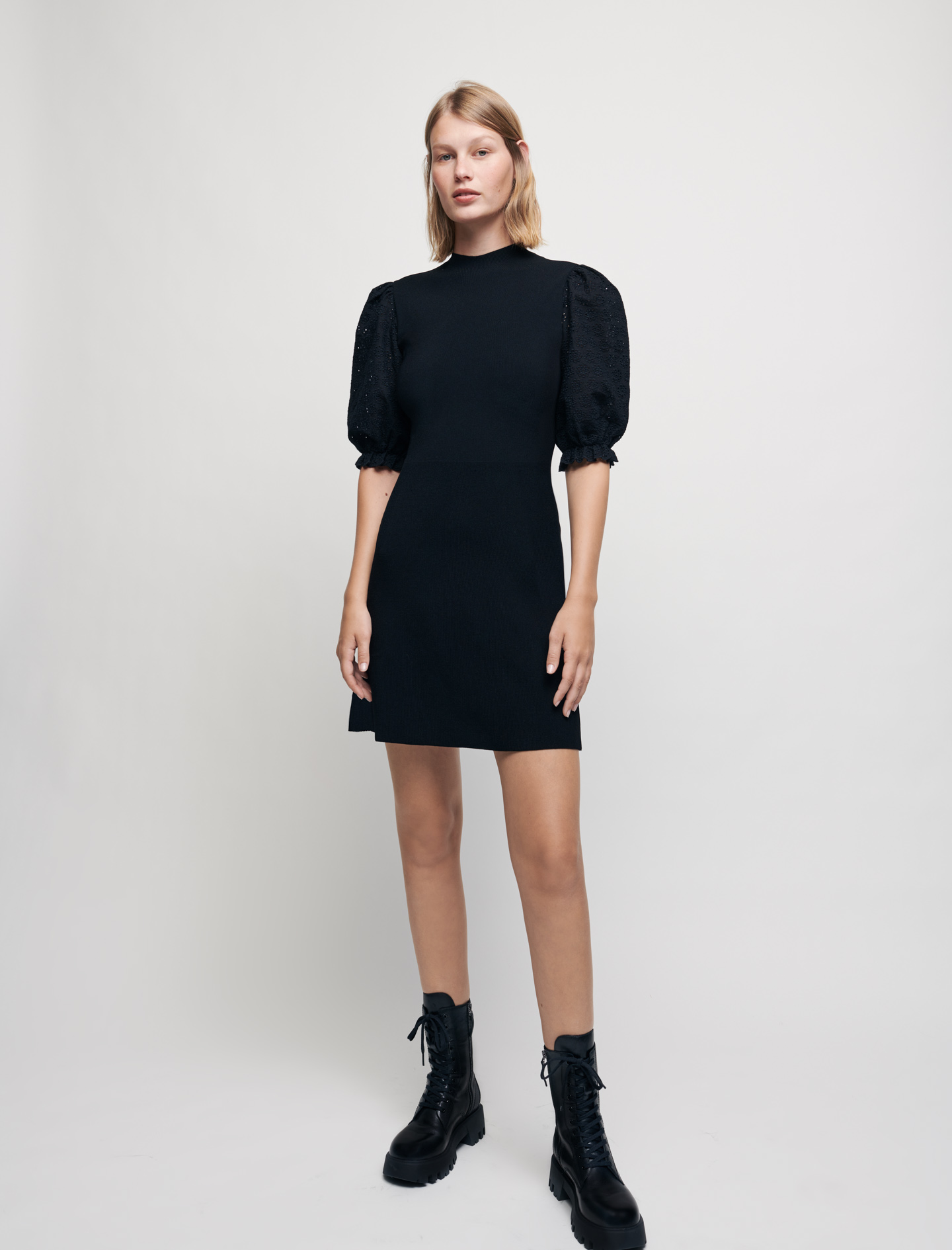 Knit dress with guipure sleeves - Black