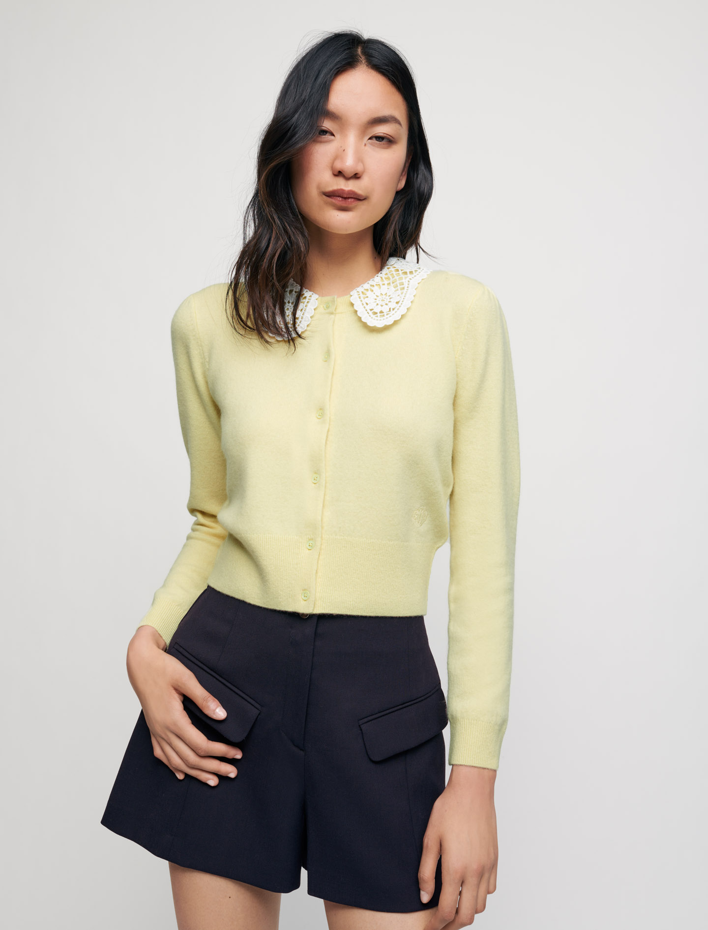 Cashmere cardigan with guipure collar - Yellow