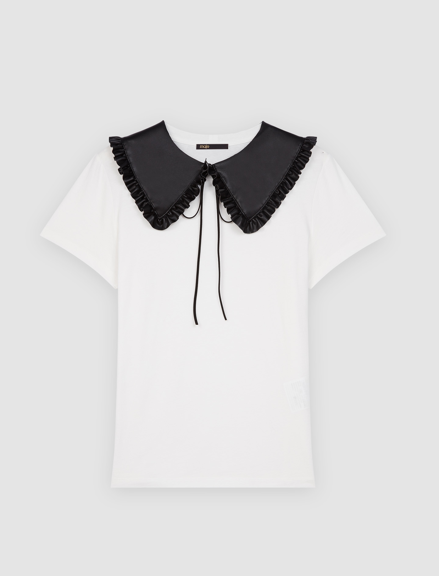 White t shirt with removable collar - White