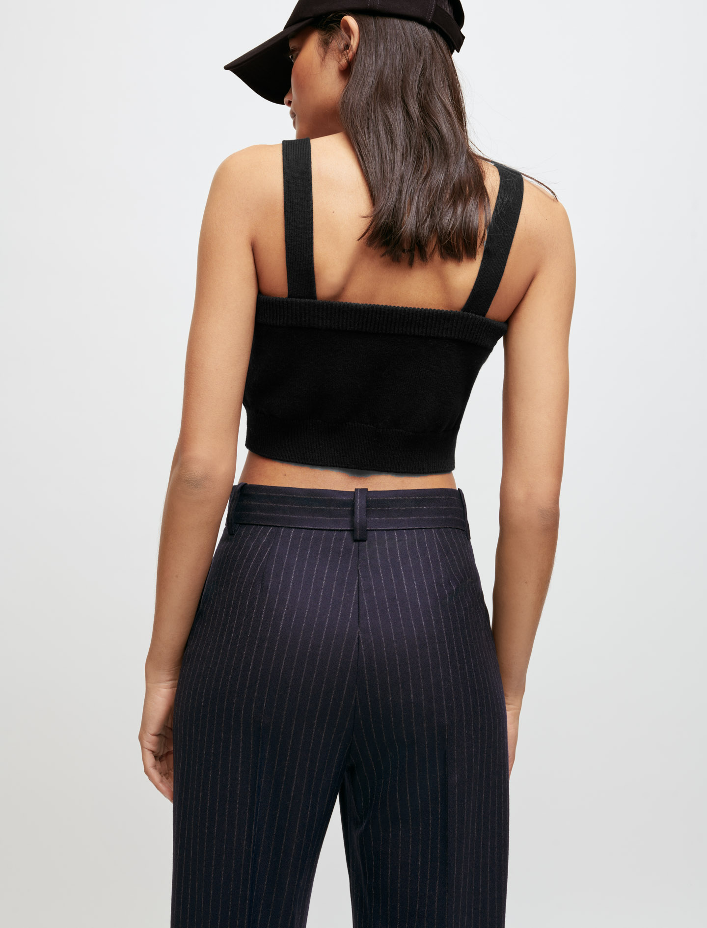 Knitted crop tops with straps - Black