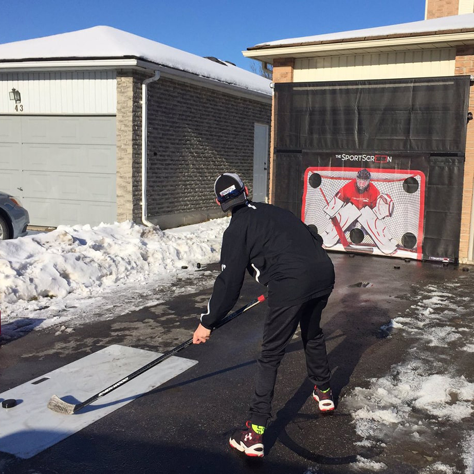 The SportScreen Power Rollup Shooting Tarp from xHockeyProducts.ca Canada