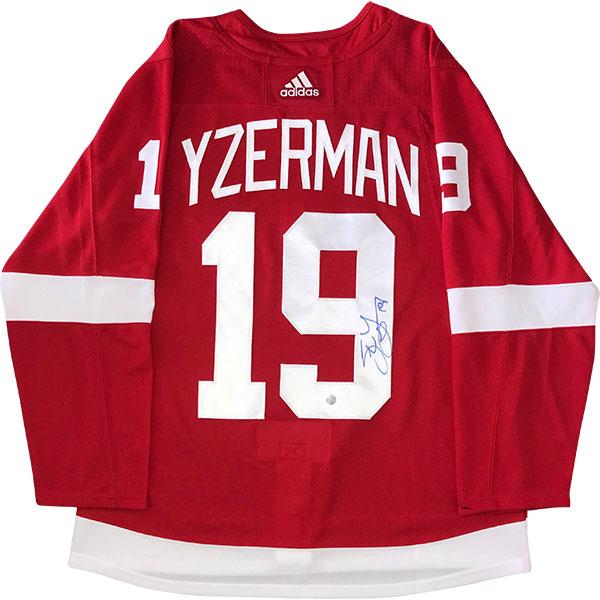 brand new c2121 e3efe Steve Yzerman Autographed Detroit Red Wings Pro Jersey