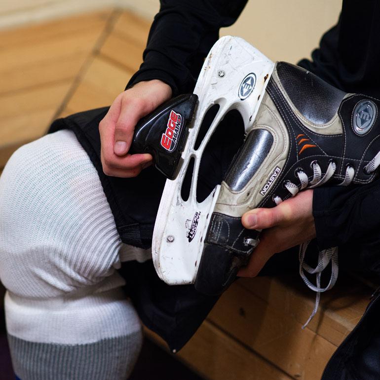Manual Skate Sharpener PLAYER at xHockeyProducts.ca Canada
