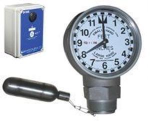 Morrison Bros. 918 Series 2 in. Female NPT Clock Gauge & Alarm w/ Drop Tube Float - Feet & Inches