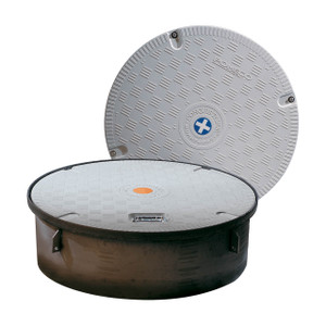 OPW Conquistador™ Plus 39 1/2 in. Composite Plain Manhole Cover Assembly w/ Recessed Handle - Cover & Skirt