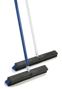 Carlisle Sanitary Maintenance Products 18 in. Sparta Spectrum Omni Sweep - Handle Not Included