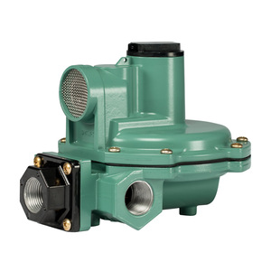Emerson Fisher Type R642 3/4 in. FNPT Aluminum Second Stage Regulator w/ 9-13 in. w.c. Spring, 900K BTU/HR - Angle Body
