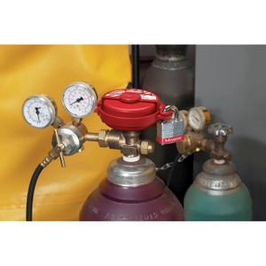 Master Lock S3910 Pressurized Gas Valve Lockout