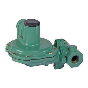 Emerson Fisher HSR-CFCALYN 1 in. FNPT Cast Iron Globe Body Regulator w/ Relief; 3/8 in. Orifice, 10 - 12.5 in. w.c. Spring, 1.927M BTU/HR, 3/4 in. Vent, 3E Position