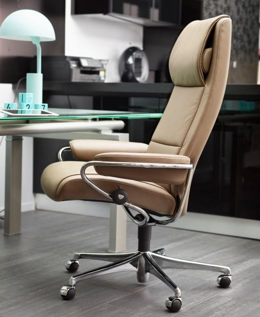 Stressless Office Chairs enhance your comfort.