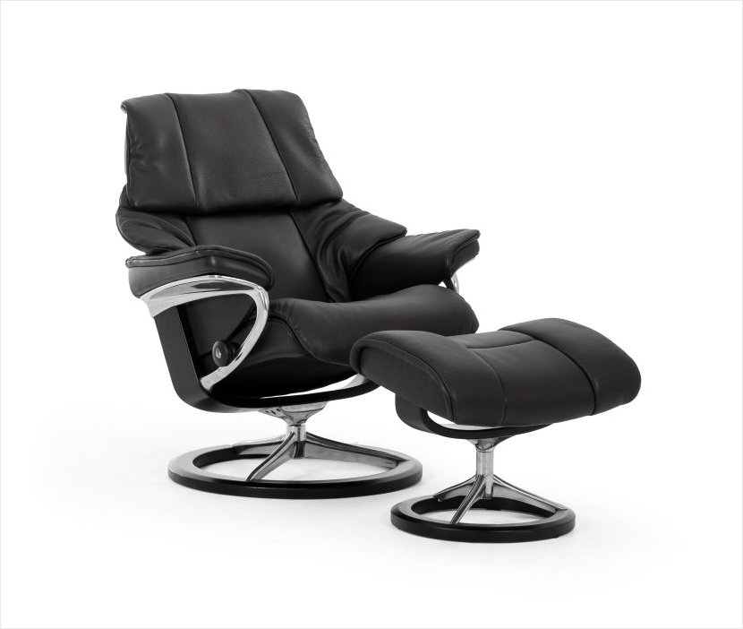 Stressless Signature Reno Recliner at Unwind.