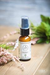 Leanna Organics CBD eye serum 400 MG lifestyle