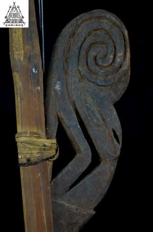 Stunning Carved Spear Thrower w Hornbill Carving, Sepik
