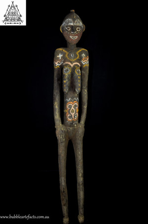 Very Large Fine Powerful Female Kwoma Nogwi Figure, Washkuk Hills