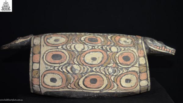 Stunning Decorated Carved Garamut Drum, Blackwater Village, Sepik.