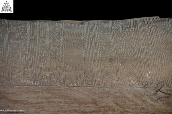 Beautiful Large Old Slit Gong Drum, Lower Sepik River, East Sepik