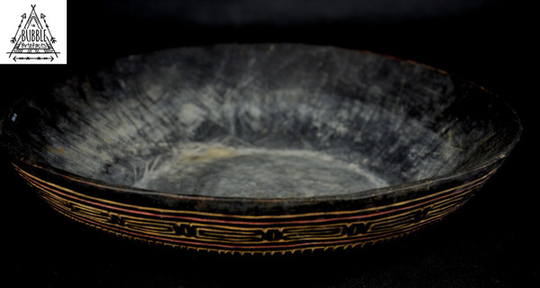 Fine Vintage Madang Coast Wood Food Bowl.