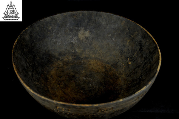 Fine Vintage Madang Coast Wood Food Bowl
