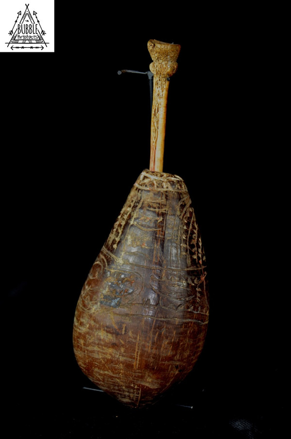 Fine Incised Lime Container with Bone Spatula, Iatmul