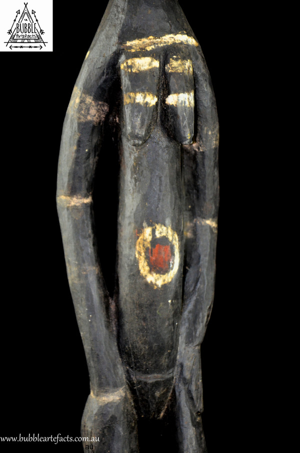 Very Fine Powerful Female Kwoma Nogwi Figure, Washkuk Hills