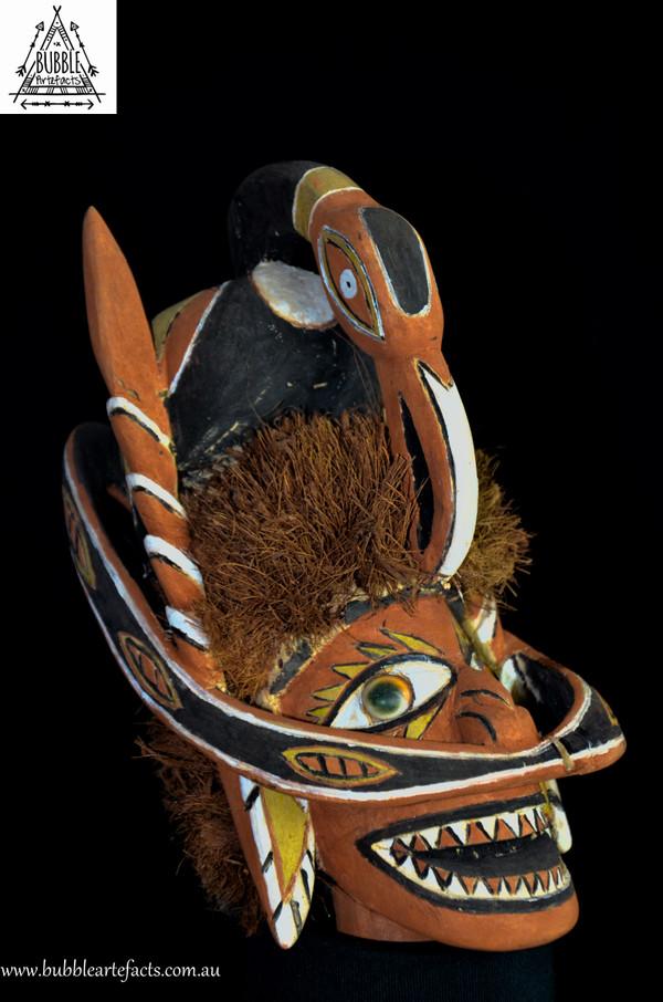 Beautiful Malagan Funerary Canoe Spirit Mask, Kavieng, New Ireland