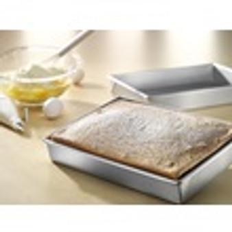 rectangular cake pan