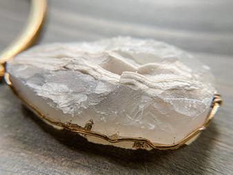 Diva - Natural Druzy Crystal  Gold Choker Necklace