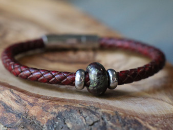 Dragon Stone - Black Leather Bracelet