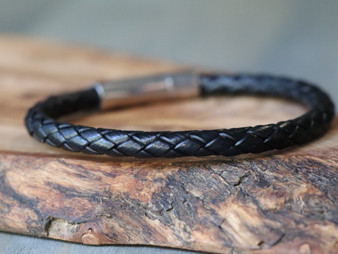 Essential Black Leather Bracelet