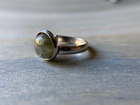 Labradorite Ring - 10mm