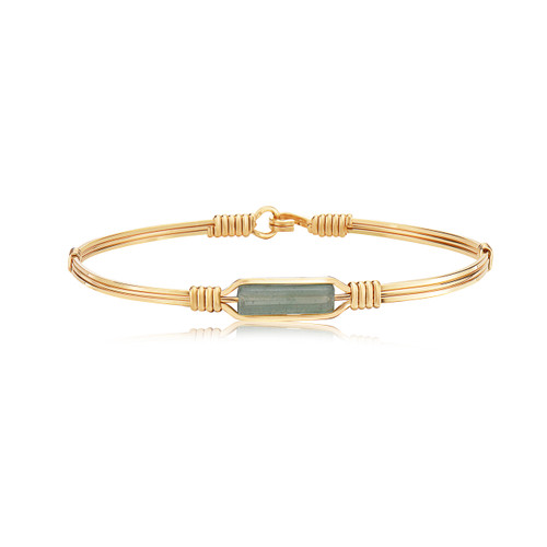 A Moment in Time - 14K Gold Artist Wire with Aventurine