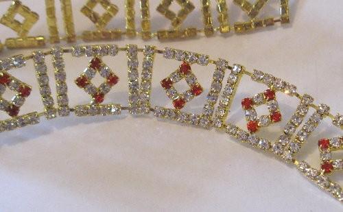 Diamonds Teeny Red Alt Chain 23mm