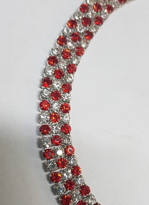 3 Row Close Set Alternate Red Silver Chain
