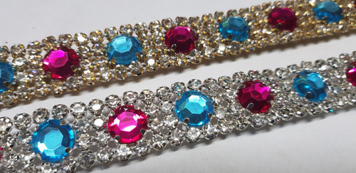 Buttons Chain Aqua & Hot Pink