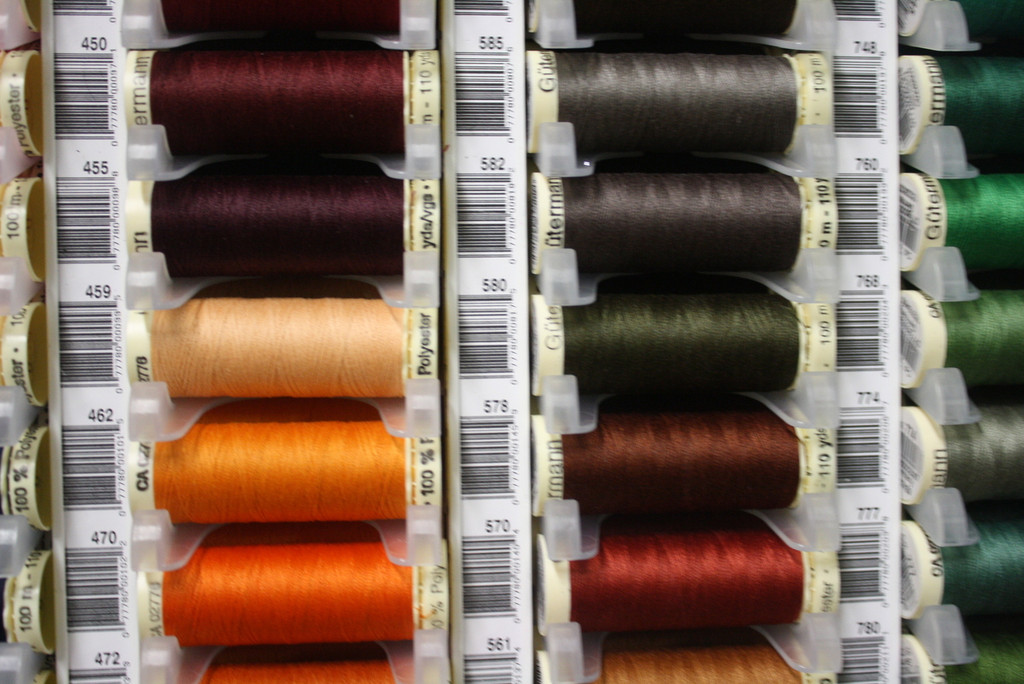 Tangerine #462 Polyester Thread - 100m