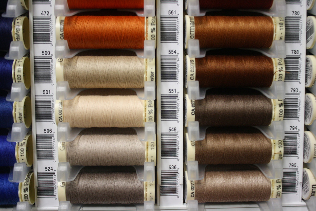 Sand #506 Polyester Thread - 100m