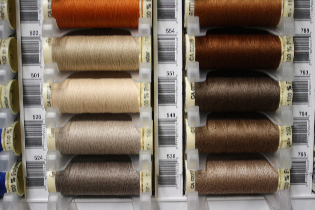 Light Brown #524 Polyester Thread - 100m