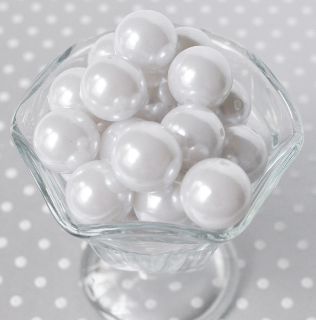 20mm White pearl bubblegum beads for chunky necklaces
