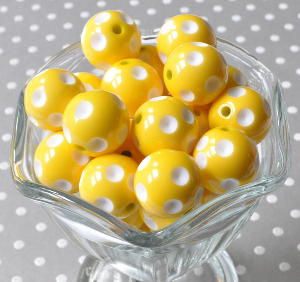 Yellow polka dot 20mm chunky plastic beads