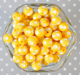 12mm Yellow polka dot bubblegum beads