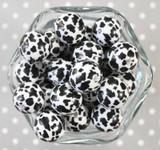 20mm Cow printed bubblegum beads