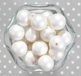 20mm Soft white matte pearl bubblegum beads