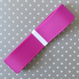 """1.5"""" Offray Wild Berry solid color grosgrain ribbon."""